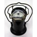 Lampe militaire Pernet, ancienne