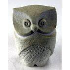 Chouette Marbell sculptée en grès