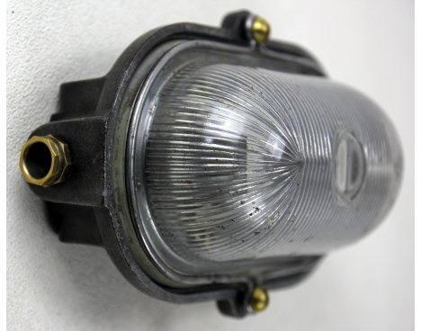 Lampe hublot industrielle, ancienne