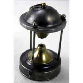 Petite lampe campeur, ancienne