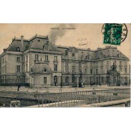 Troyes - La Préfecture