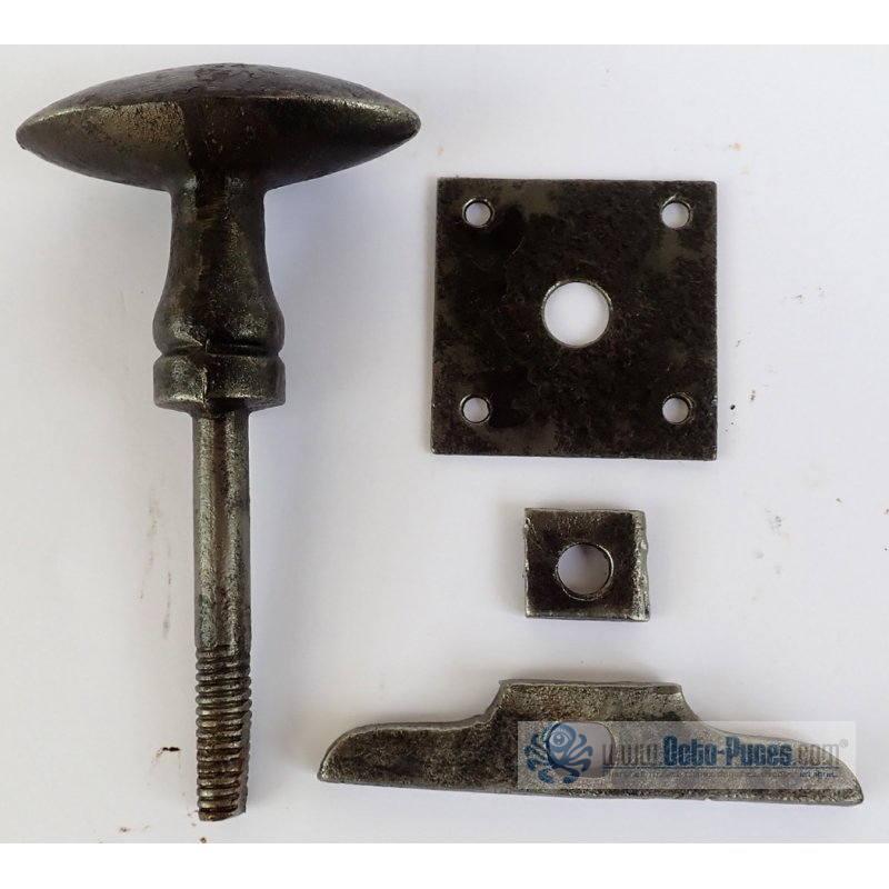 Poign e de porte en acier forg octo puces for Poignee de porte forge