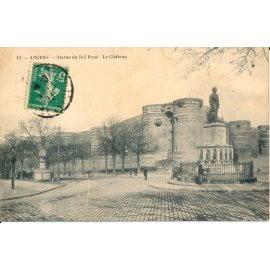 Angers - Statue du Roi René