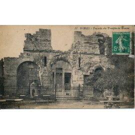 Nimes - Façade du Temple de Diane