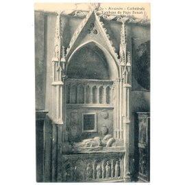 Avignon - Cathédrale - Tombeau du Pape Benoît