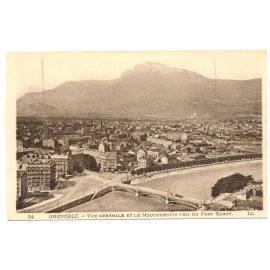 Grenoble - Vue générale et le Moucherotte